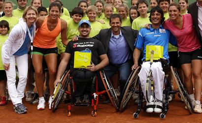 La fct organitza un cl nic de tennis en cadira de rodes amb motiu del barcelona ladies open - Cadira barcelona ...