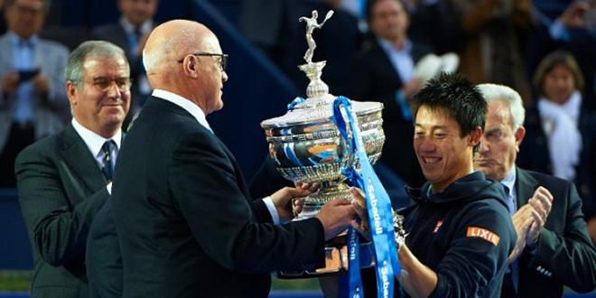 Nishikori revalida el seu títol davant un sensacional Andújar