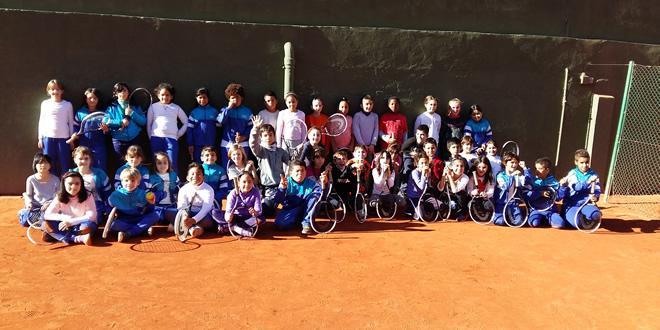 """Trobada escolar """"Laia juga al Tennis"""" – FCT al CT Barcino"""
