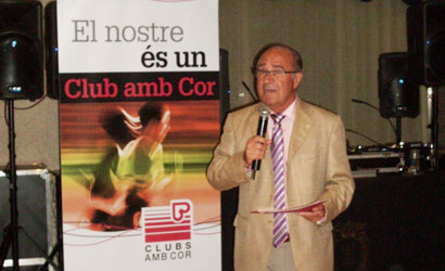 Lluis Corretja presenta l'acte de solidaritat amb Cáritas.