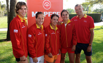 Equip Fed Cup 2011.