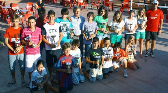 El Circuit Juvenil d'Estiu passa per les pistes del Club Tennis Urgell