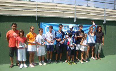 Finalistes del Circuit Juvenil d'Estiu 2011 al CN Olot.