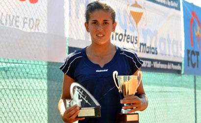 Lucía Cervera, subcampiona de l'ITF Women's del CT Lleida 2011.
