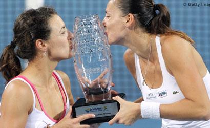Núria Llagostera i Arantxa Parra, campiones al WTA de Brisbane 2012.