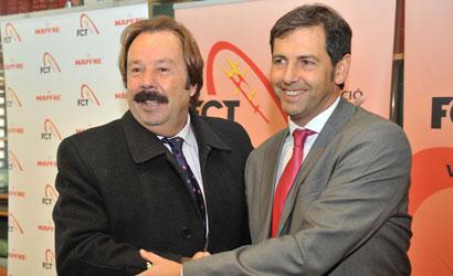 Joan Navarro, president entrant i Francesc Orriols, president sortint.
