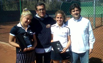 Núria Ormeño, campiona (esquerra) i Judit Vives, finalista.