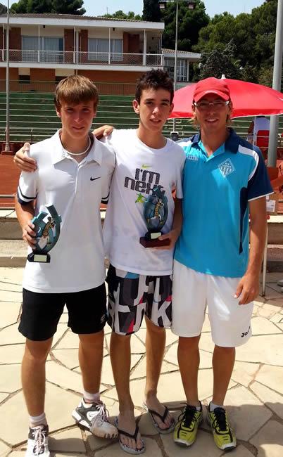 Els tennistes del CN Lleida completen un bon estiu