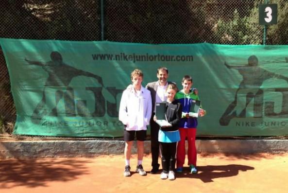 Cristina Mayorova campiona i Eduard Coronado finalista en el Nike Junior Tour de Valldoreix