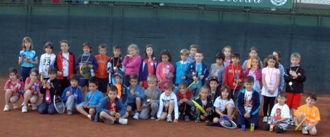 El Minitennis i el Juguem del CT Lleida, amb 80 participants