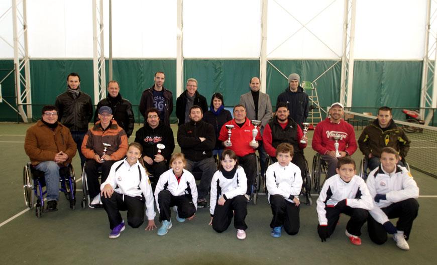 Entrega de trofeus I Torneig Caparrella-ASPID de tennis en cadira de rodes
