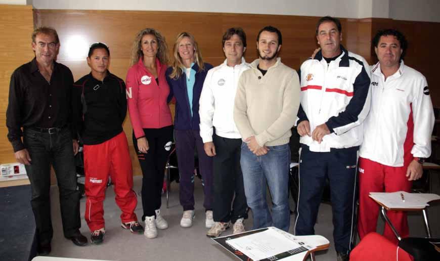 Una representació de directors d'escola i tècnics lleidatans es van reunir a la Caparrella