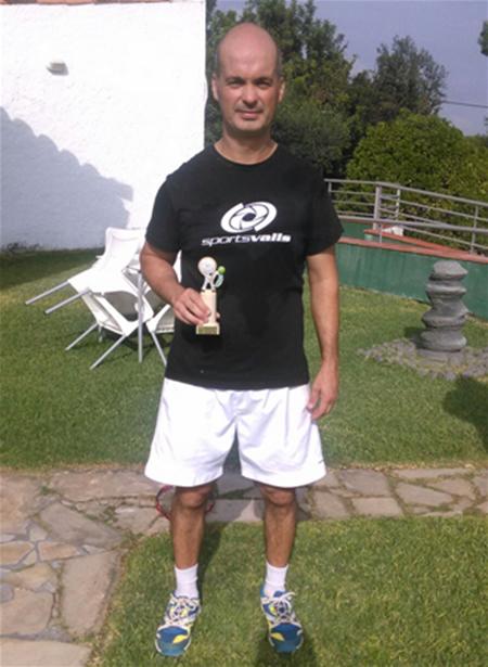 Delio campeón provincial +40