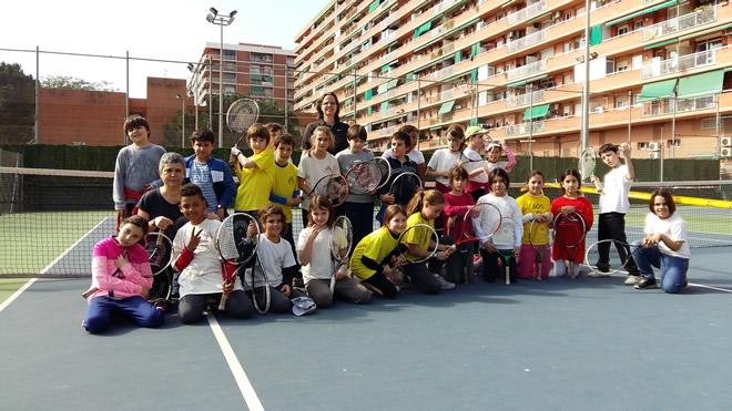 Laia Juga a Tennis